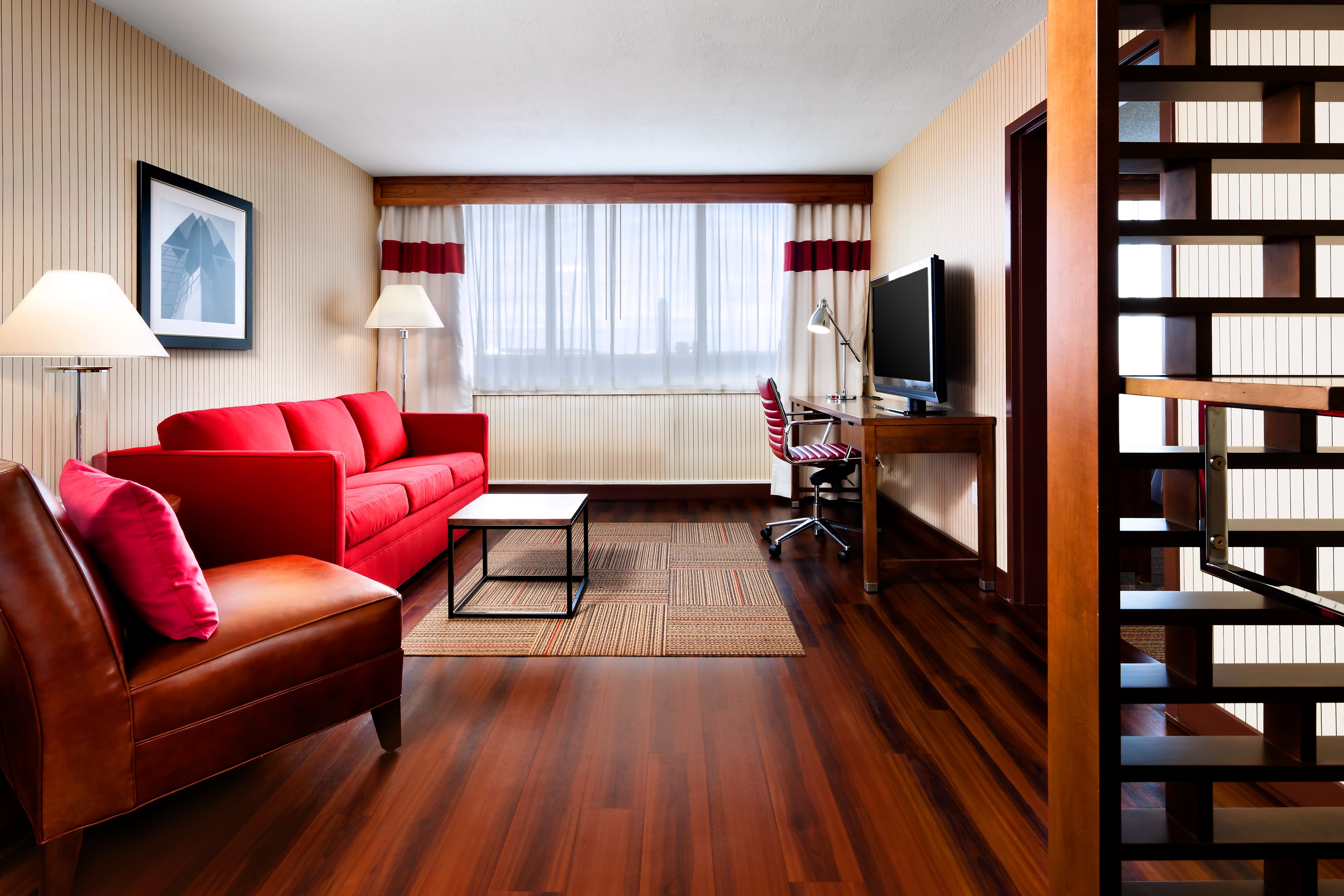 SH Large 1 Bedroom Suite with Private Ensuite Bathroom